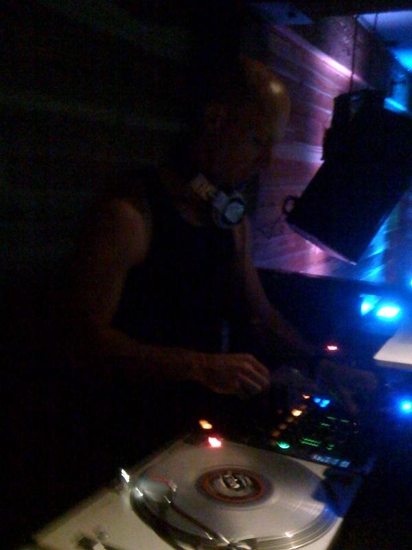 DJ Jeremy @ Sloane (http://www.sloanesf.com) 10-2-09